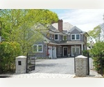 SOUTHAMPTON VILLAGE TRADITIONAL, 5 BEDROOMS, POOL, POOLHOUSE