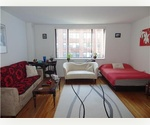 Bright Massive Studio~High floor~ Elevator Building! Laundry~Steps to Subway