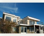 Contempoary Montauk Lakehouse, 3 bedrooms, 2.5 Bath 