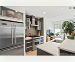 LUXURY 2-BED RENTAL. WATERFRONT LONG ISLAND CITY, CENTER BLVD. BEST AMENITIES