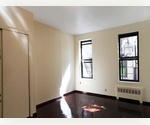 Bright Studio Apartment in the Heart of East Village.