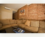Beautiful & Spacious with Exposed Brick! Washer/Dryer in Apartment!