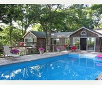 EAST HAMPTON MARINA - 4 BED WITH POOL