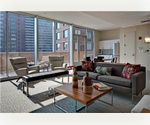 PERFECT SHARE IN THE HEART OF THE FINANCIAL DISTRICT WITH NO FEE