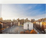 Mint Upper West Studio! Sunny and Scenic! Columbus Avenue Chic!