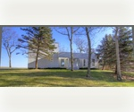 EAST HAMPTON 3 BED BAYFRONT HOME WITH PANORAMIC VIEWS